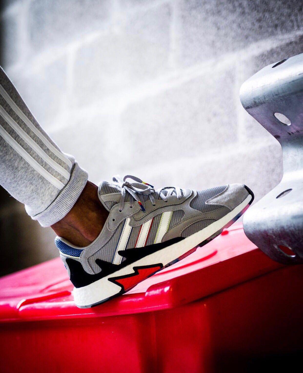 02aa4238 adidas TRESC Run | big shoe en 2019 | Calzas