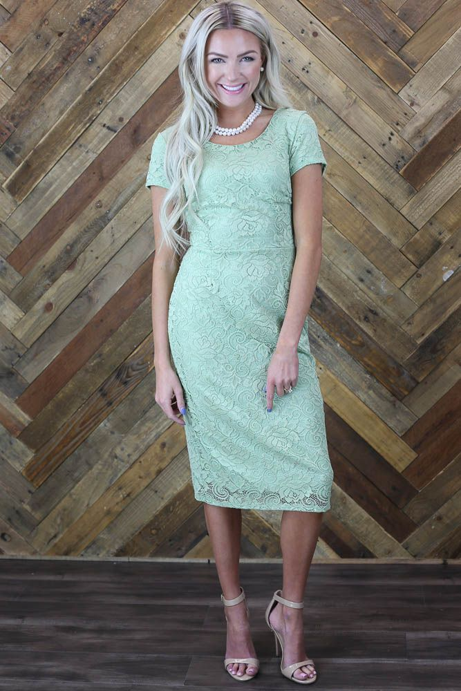 4b5661ac94 PERFECT Bridesmaid or Semi-Formal Dress! Lace is timeless and effortlessly  feminine!