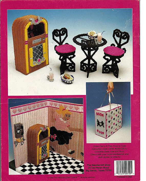 Carry /& Play  Floor /& Tote  Plastic Canvas  Fashion Doll  Leaflet