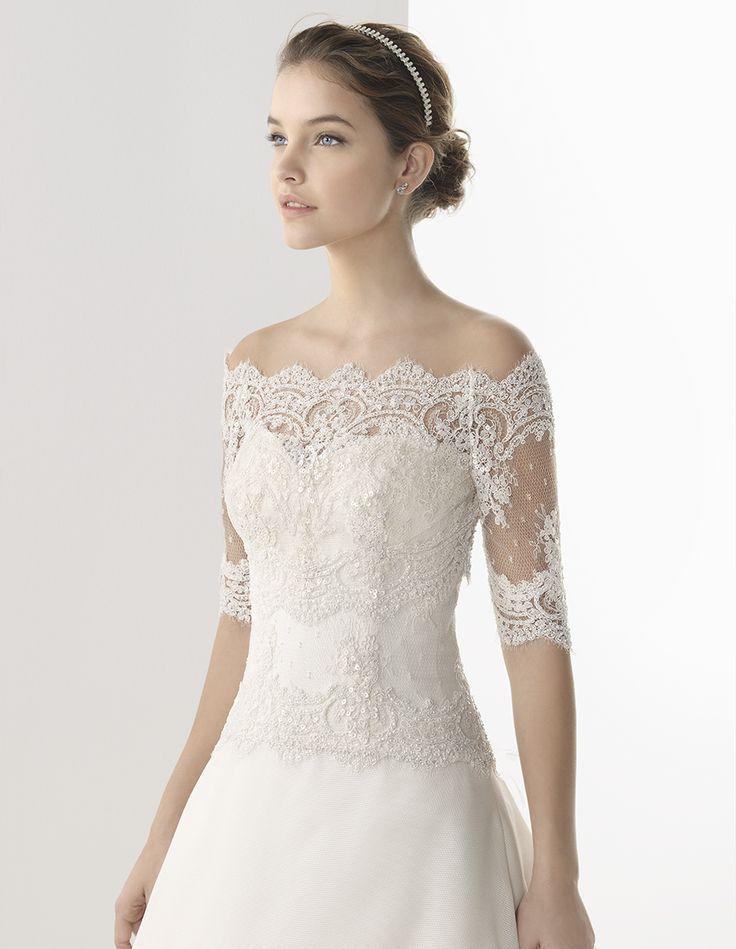novia romantica gracias a ese vestido de encaje con aires de
