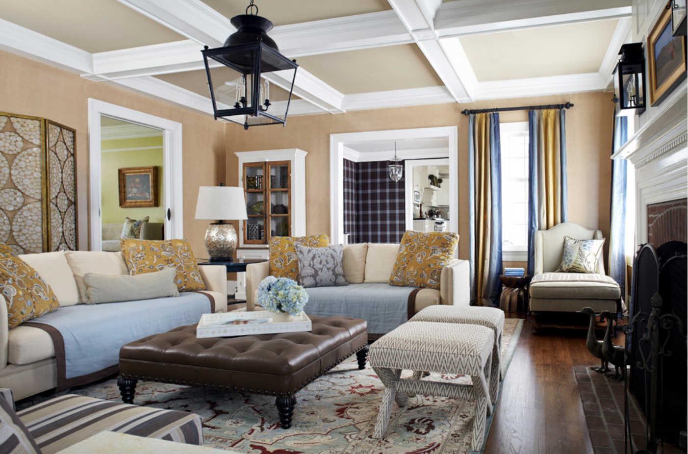 Tan Gold Grey Living Room Houzz Badezimmer