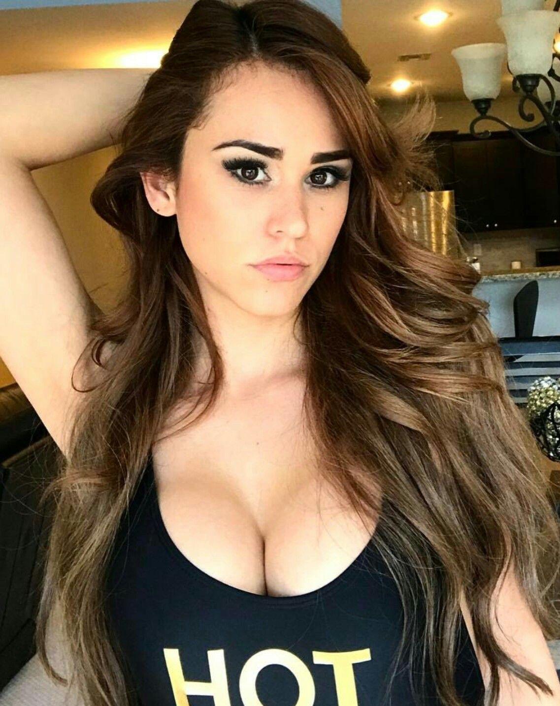 Yanet garcia sexy boobs