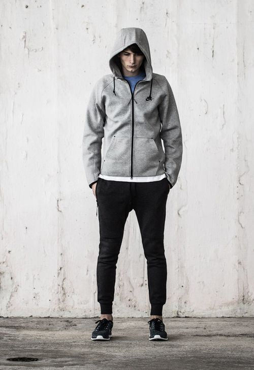 Nike Tech Fleece 2d434f0190dd