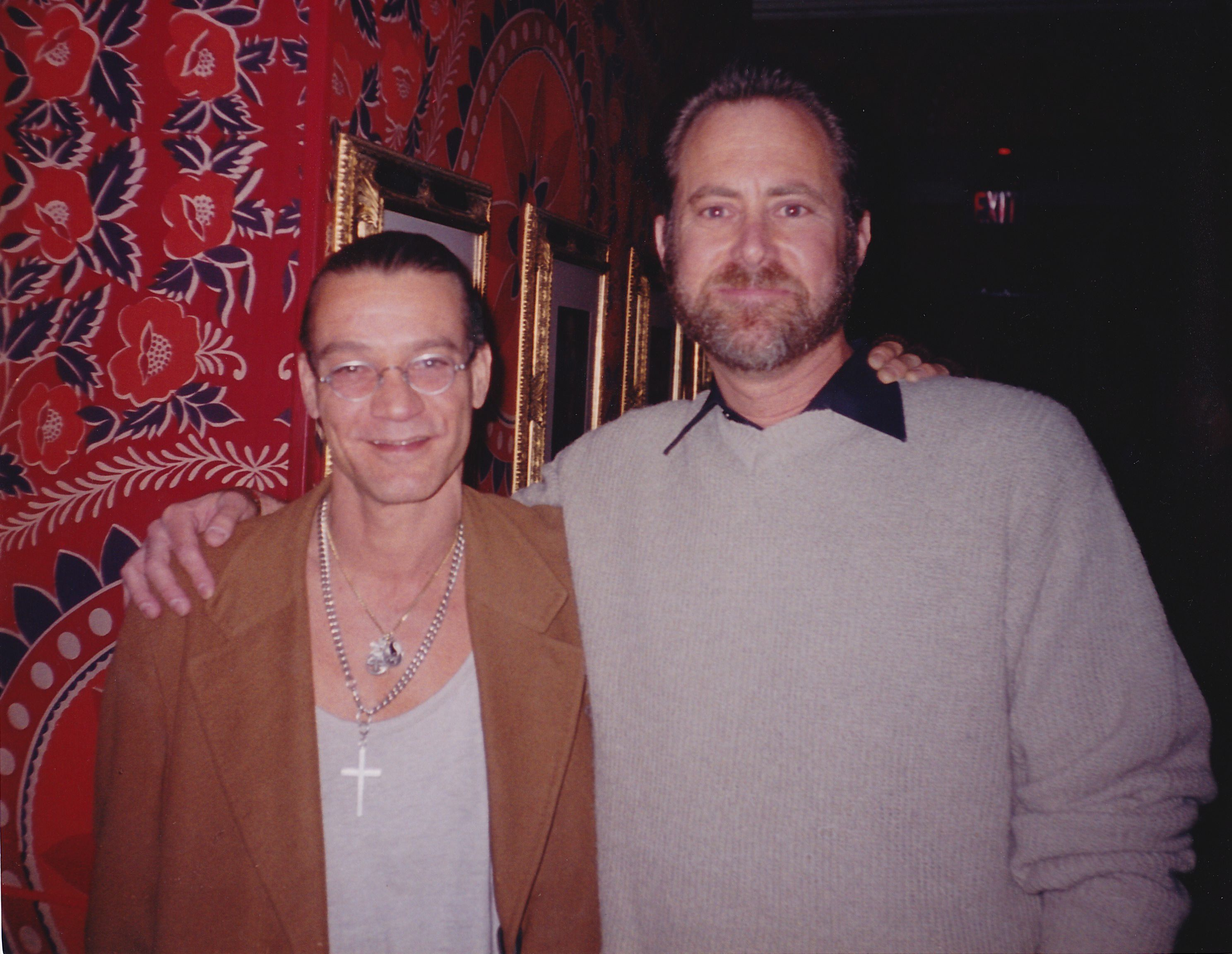Eddie Van Halen Ran Into Him At A Toto Show At The House Of Blues Go Figure Van Halen Eddie Van Halen Blues