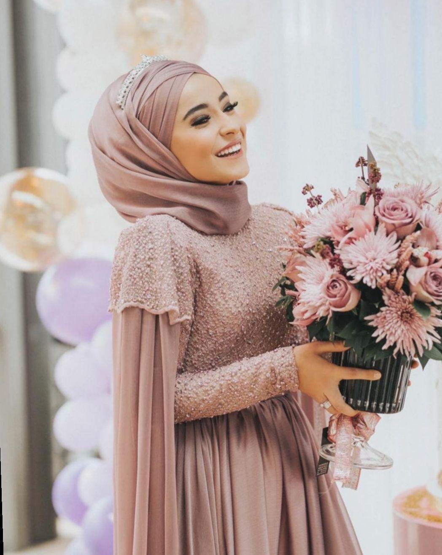 ✓ Dress Wedding Hijab Style #want #goals #girl  Muslim fashion