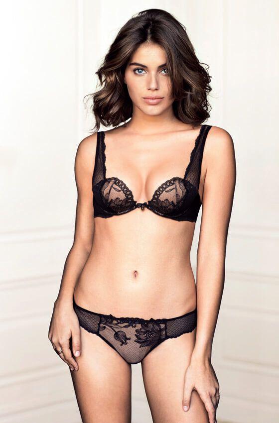 Intimissimi lace bra and panties