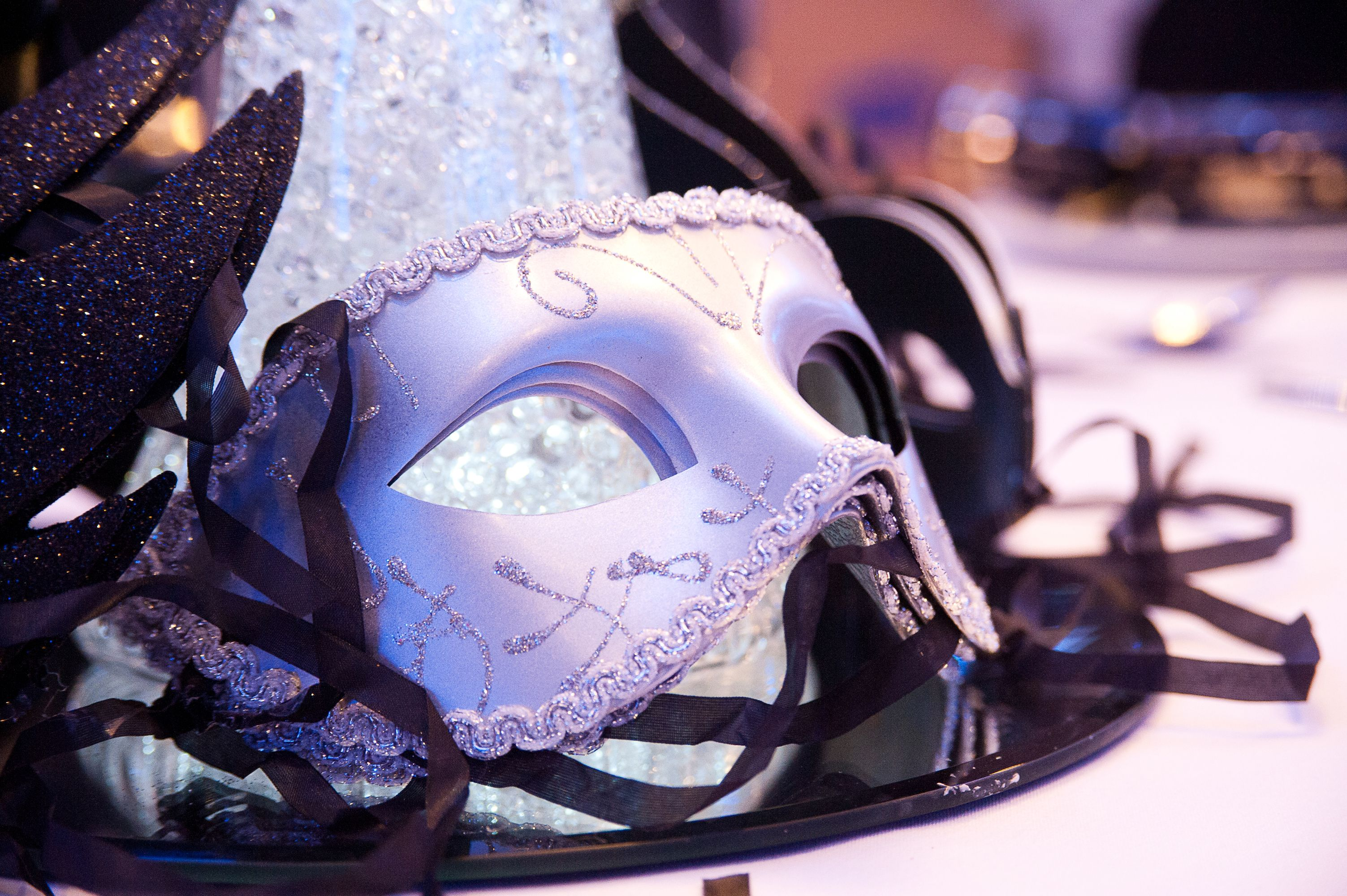 Black And White Christmas Party Ideas Part - 42: Black U0026 White Masquerade Ball At The Auction House. Photo By  Www.abraxasphoto. Masquerade Party ThemesMasquerade BallWhite DiamondsParty  IdeasChristmas ...