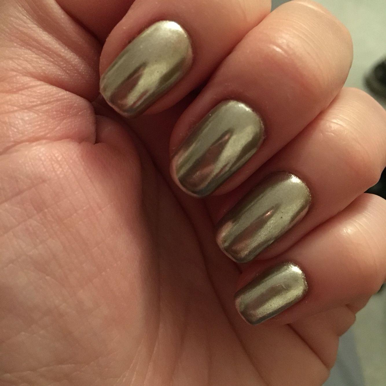 Chrome powder nails using bio sculpture. Metallic silver look ...