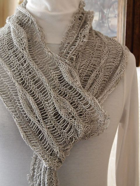 Long Leaves Scarf pattern by Grace Mcewen | proyectos | Pinterest ...