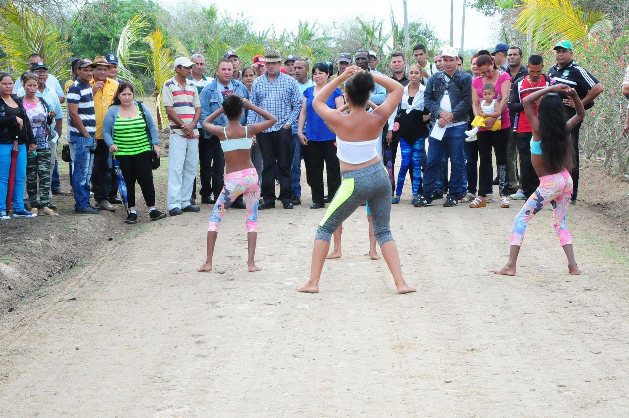 https://flic.kr/p/UaR16E | anacahuita las tunas (10) | proyecto comunitario Anacahuita, Las Tunas, fotos: Chimeno