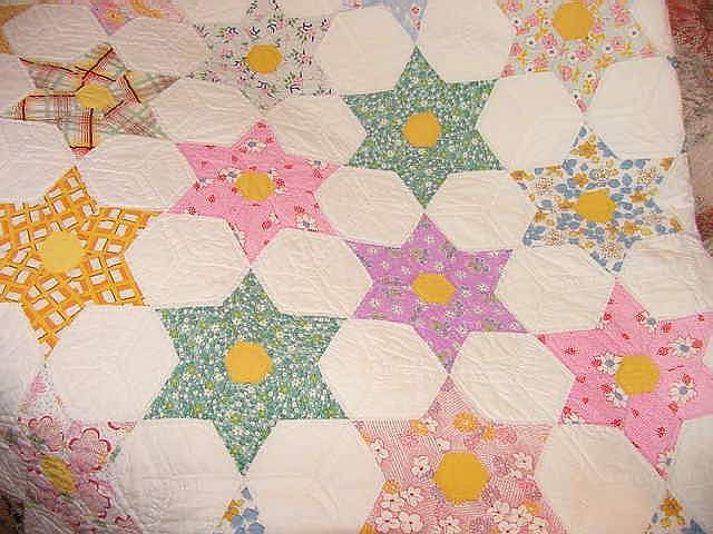 Looks just like a hand stiched texas star quilt I have from my ... : hexagon star quilt pattern - Adamdwight.com