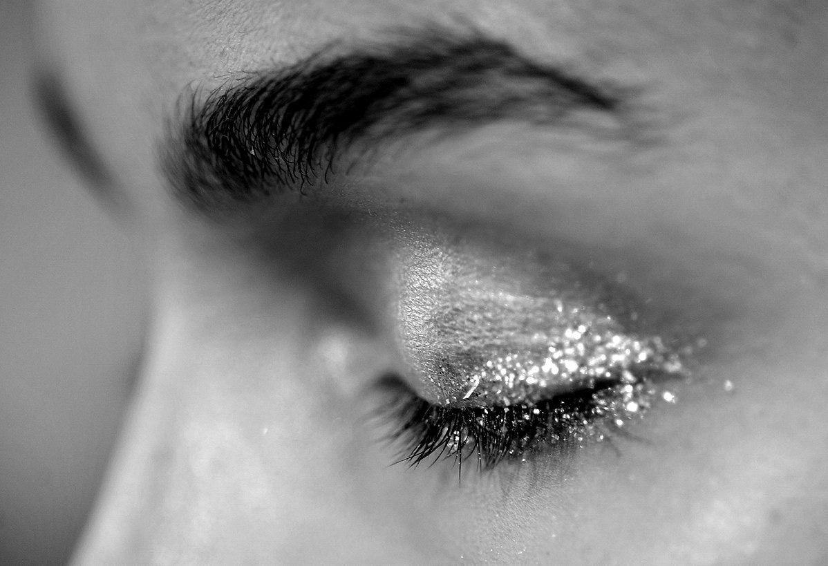 Пин от пользователя ZAKK на доске B e • | Предметы макияжа ...