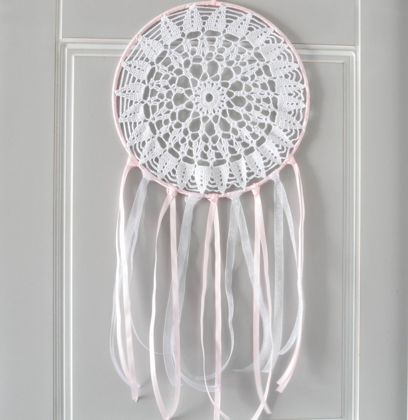 Attrape r ves dreamcatcher capteur de r ve 25 cm de diam tre napperon au crochet th me romantique - Attrape reve crochet ...