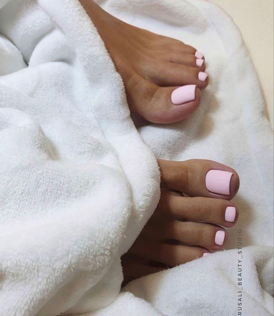 15 Top Winter Nail Colors 2019 – Festive Winter Nail Polish Ideas 2020