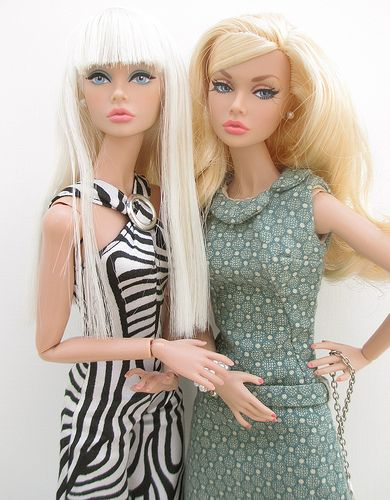 barbie dolls   girl talk .....37 qw