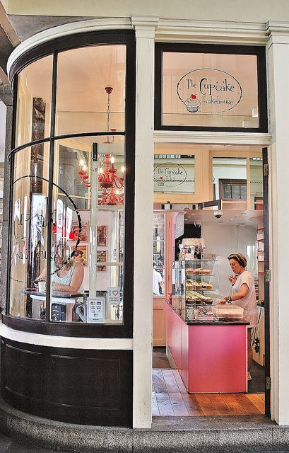 the cupcake bakehouse  covent garden bakehouse london