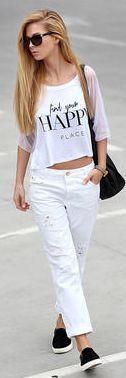 combinar un pantalón blanco, un look casual
