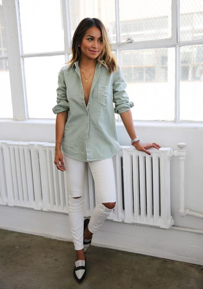 803e5422211 20 Cute Spring Date Outfit Ideas - casual chambray shirt worn with ripped  white skinny jeans + black and white pointy toe loafers
