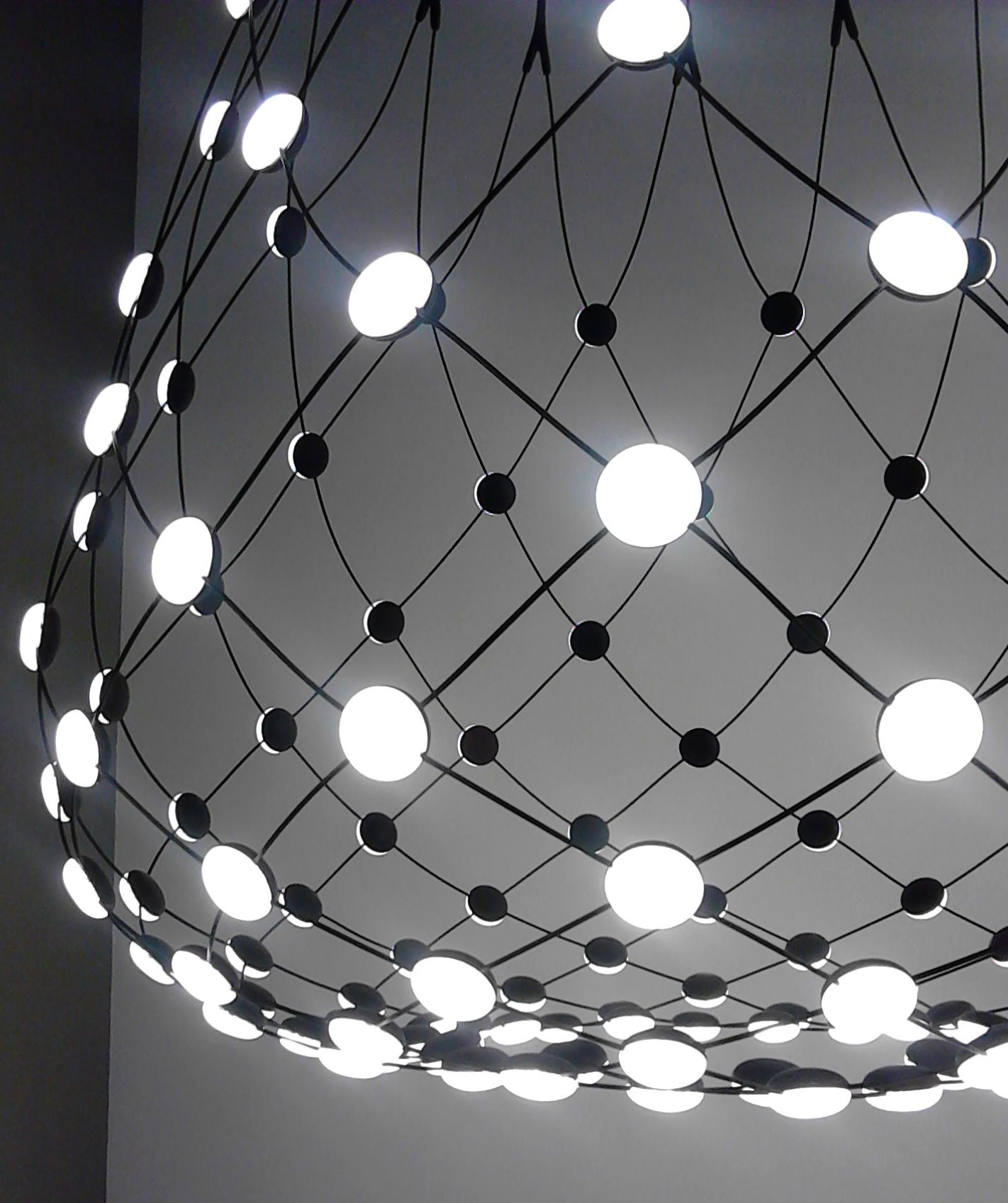 Luceplan Mesh Led Pendelleuchte Mesh Light By Francisco Gomez Paz For Luceplan In 2019