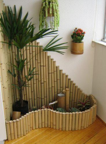 Pin de rosa en jardin bamb decoracion con bambu y jardiner a - Jardineras con bambu ...