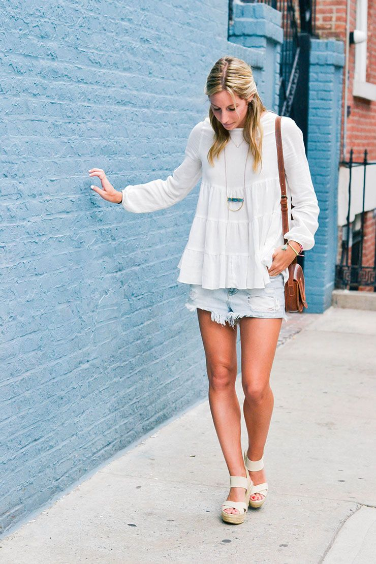 denim cutoffs, denim shorts, summer outfits, casual outfits, flowy ...