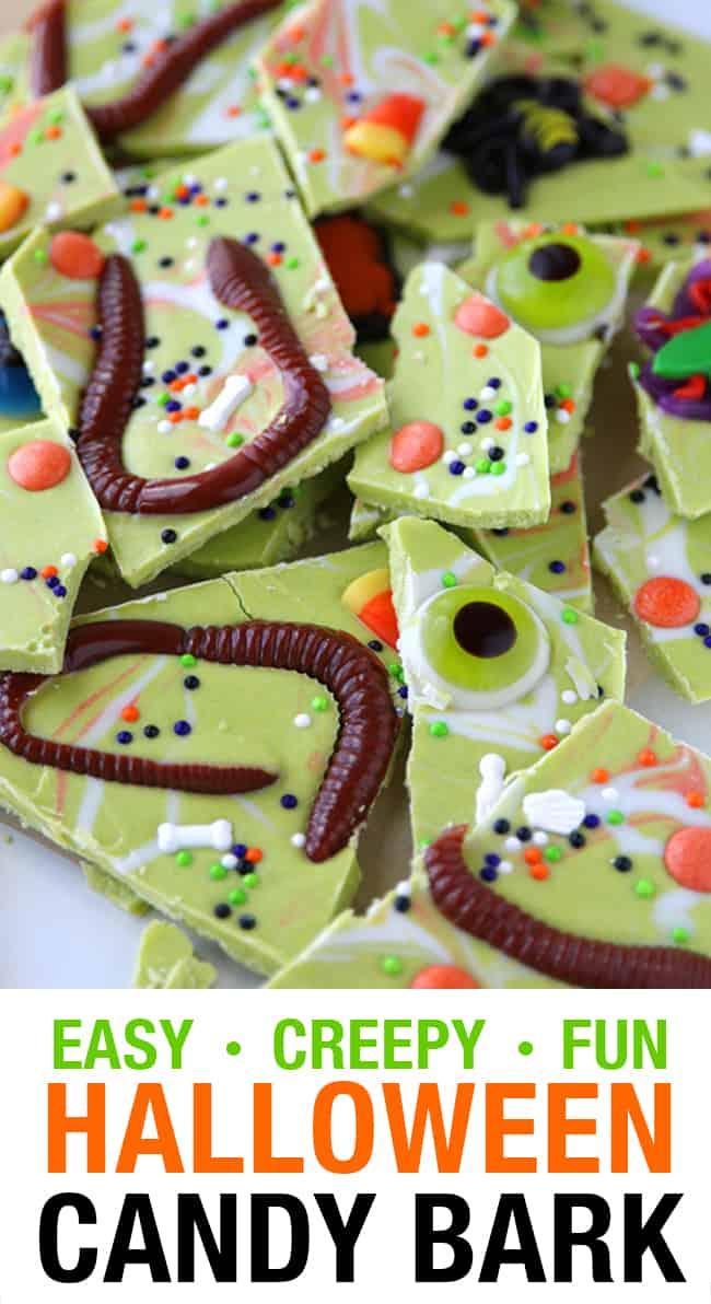 Easy Halloween Candy Bark #halloweentreatsforschool