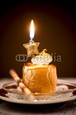 Dessert mit Kerze