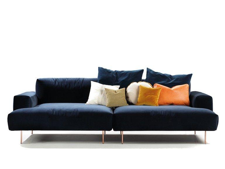 Sofa modern stoff  TIPTOE Sofa aus Stoff by SANCAL Design Rafa García | Möbel ...