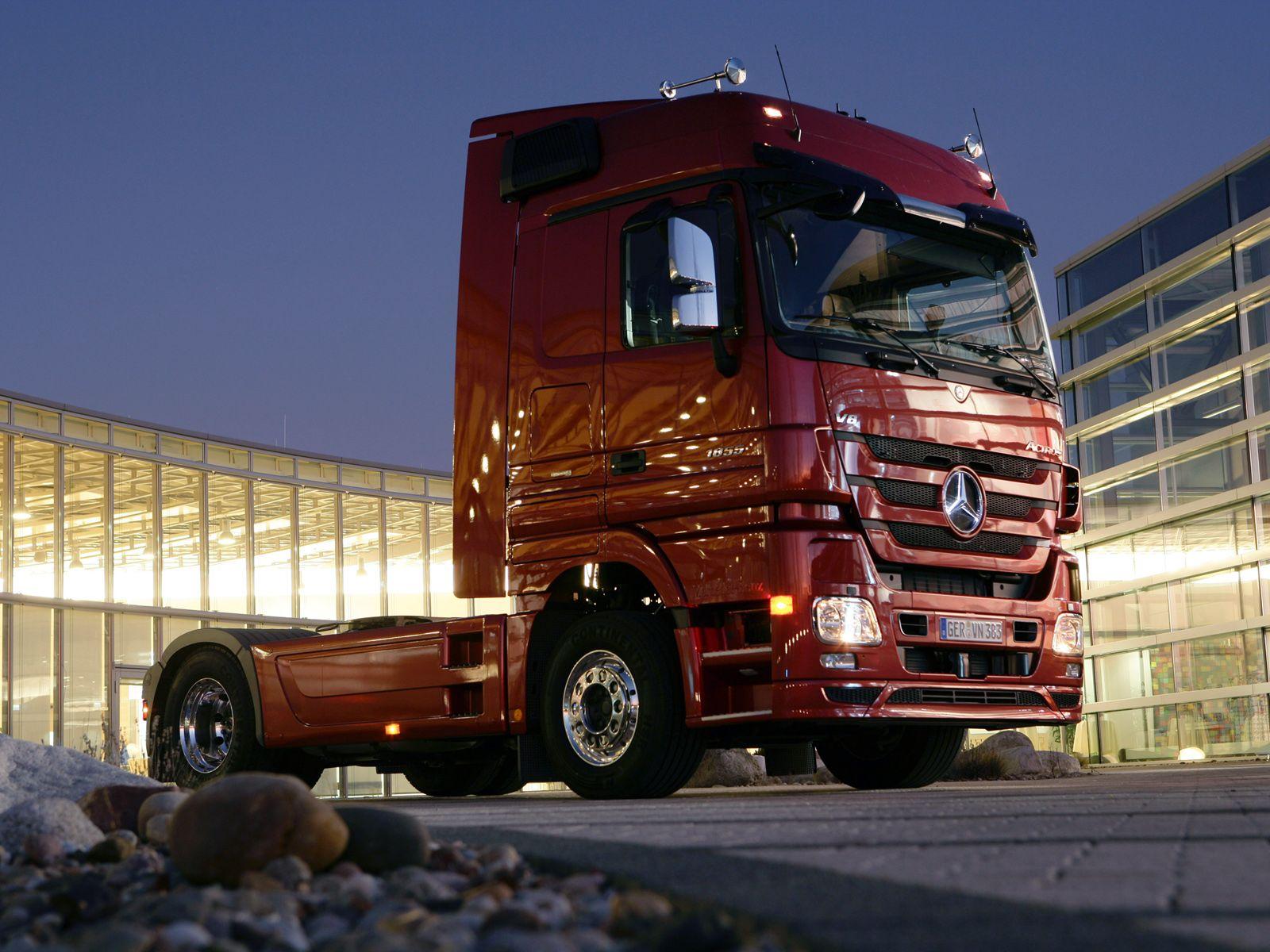 фото новинки грузовики человек