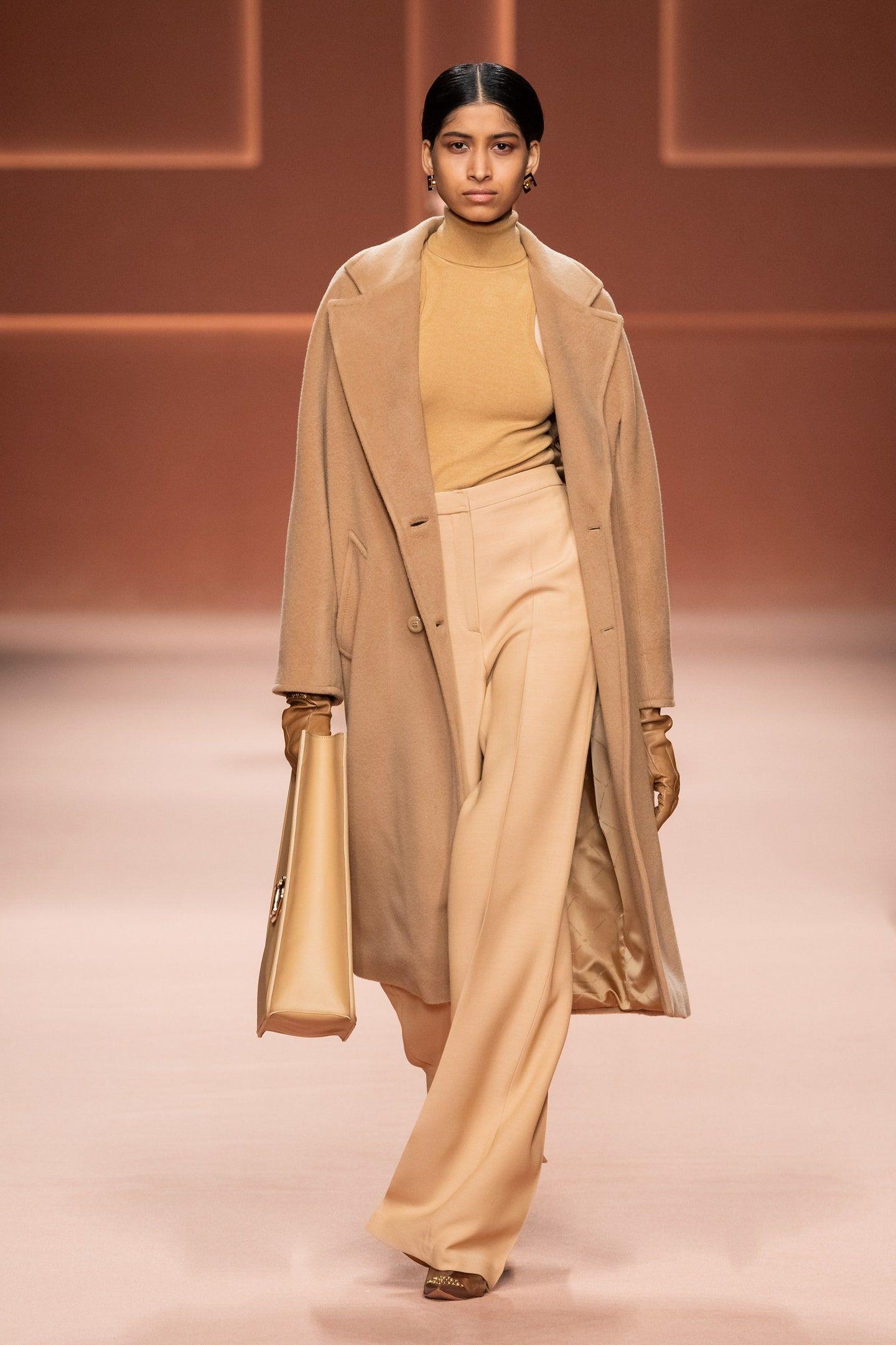 Elisabetta Franchi Herbst/Winter 2020-2021 Ready-to-Wear ...