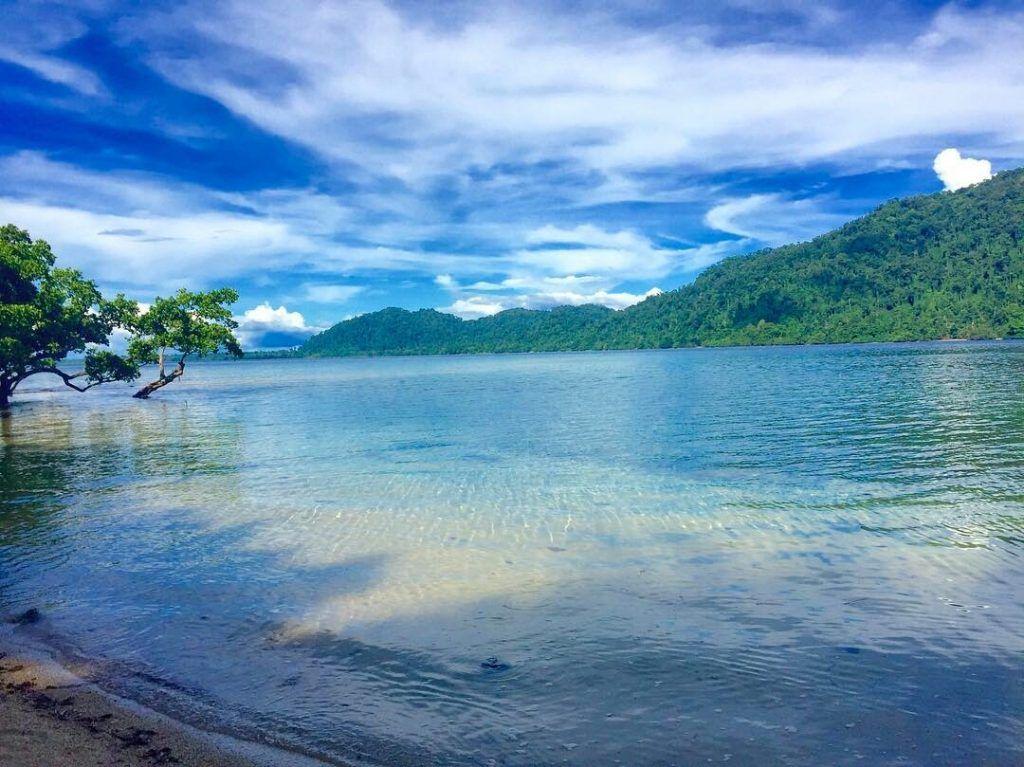 Pulau Ahe Pemandangan Bawah Laut Eksotis Di Papua Papua Pemandangan Lautan Pulau