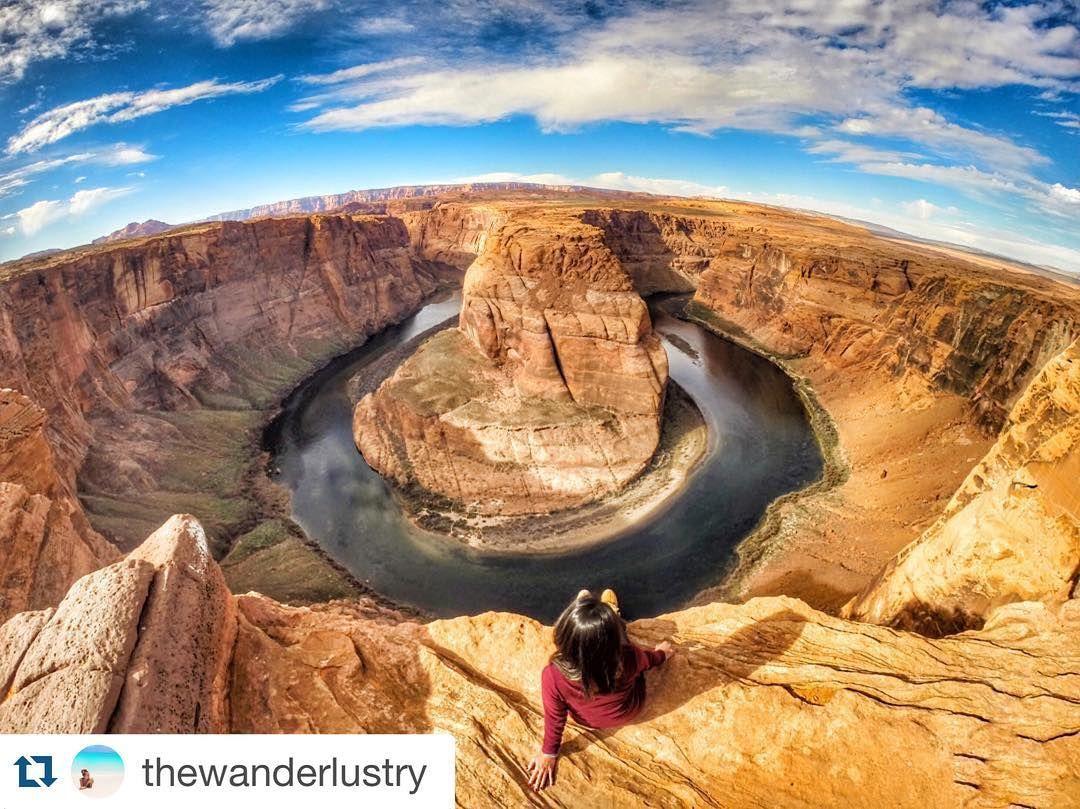 #Repost @thewanderlustry in Horse Shoe Bend Canyon: Don't push me 'cause i am close to the edge. I'm trying not to lose my head.  Cañón Shoe Bend: No me empujes porque estoy cerca del límite. Estoy intentando no perder la cabeza.  #iamtb #travelblogger #wanderlust #arizona #usa #canyon #nature #landscape #paisaje #awesome #amazing #naturaleza #viajar #travel #viaje #instatravel #travelgram #mytravelgram #traveler #traveling by travelbloggeres