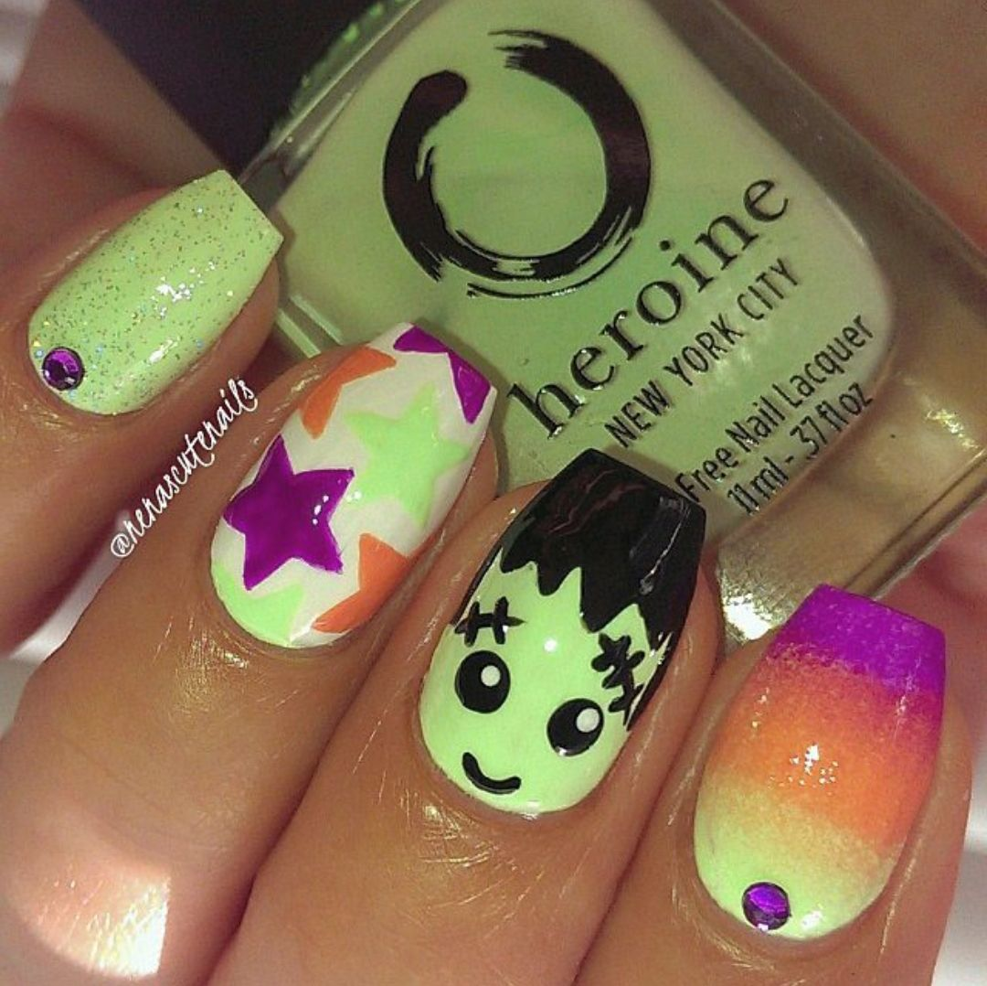 Nail Art Tutorial All I Want For Christmas Is Plaid: Halloween Nails, Sunflower Nails, Nail