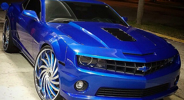 Too Sick Fully Custom Camaro On 26 S Big Rims Custom Wheels