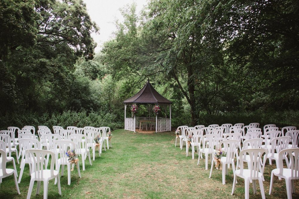 Simple & Rustic Pastel Summer Milling Barn Wedding in ...