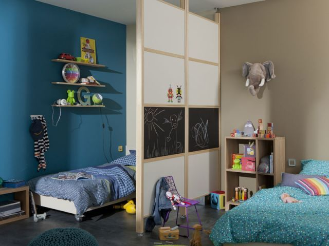deux enfants une chambre huit solutions pour partager l 39 espace chambre filles pinterest. Black Bedroom Furniture Sets. Home Design Ideas