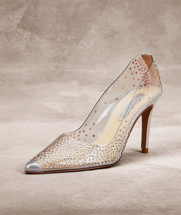 Frente a ti vida Lustre  Zapatos de novia de vinilo, Crital Swarovski y piel RAISA | Calzado |  Pinterest