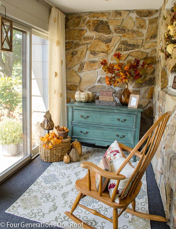 Fall decorating mini-room makeover with Kirkland's #falldecorideasfortheporch