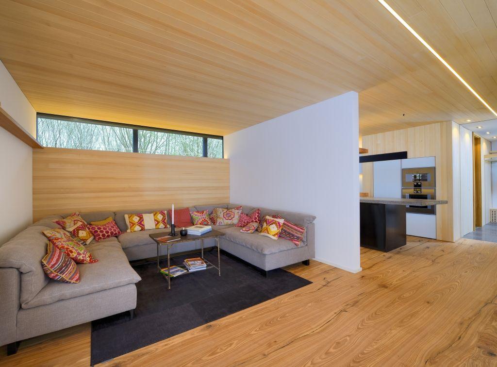 Vom Heustadl zum Wohnhaus - das Bau-Fritz Haus Alpenchic Katalog - parkett für badezimmer