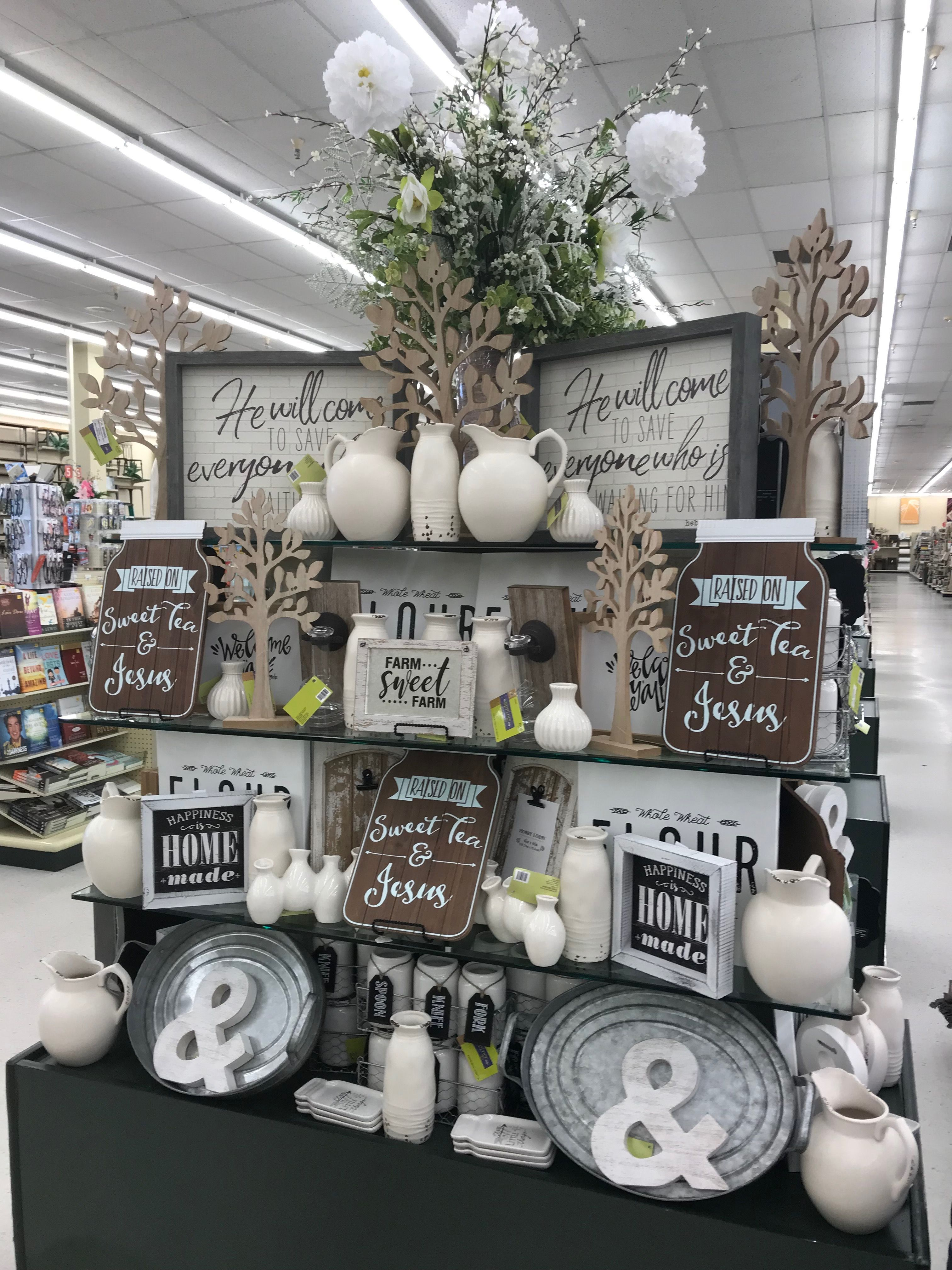 Hobby Lobby Spring 2018 Farmhouse decor living room, Diy
