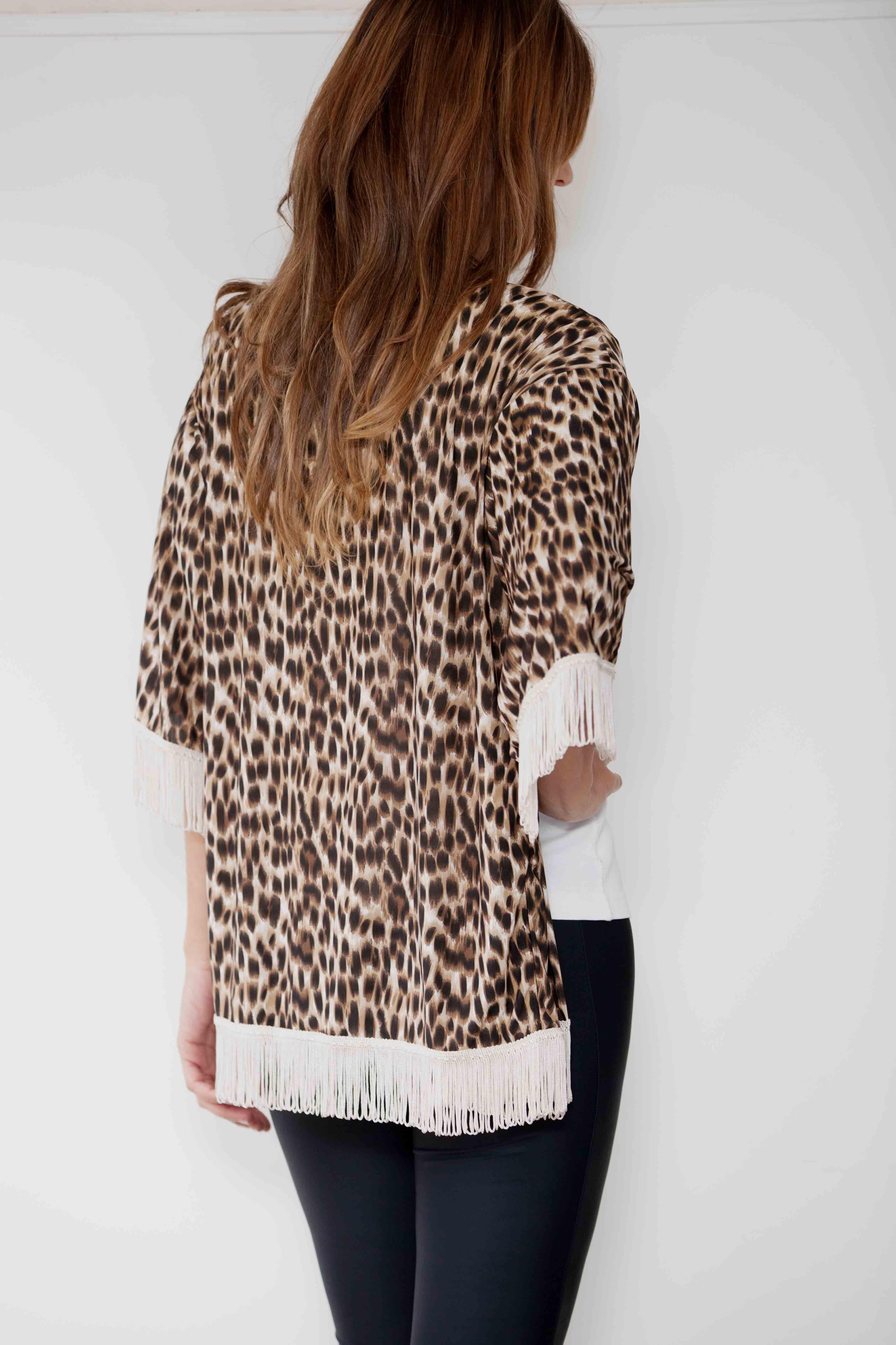 #winteroutfit #fashion #tendencia #invierno #animalprint #flecos