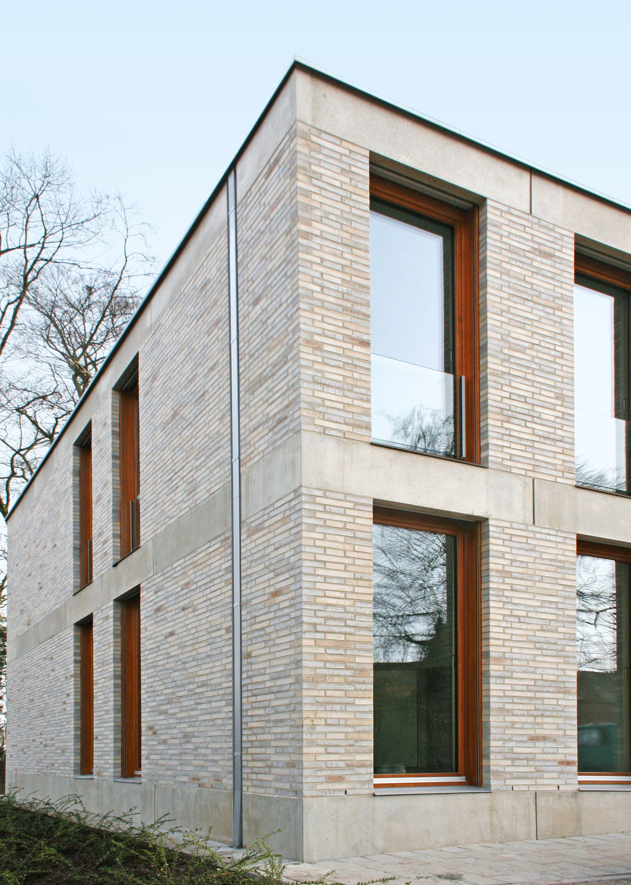Fallrohr fassade  Zentralrendantur Emsdetten | Referenzen | Fassaden-Projekte ...