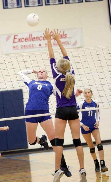 The Boonville Lady Pirates Volleyball Team Won Its Home Opener In Dominating Fashion Last Night By Beating The Columbia Pirate Woman Lady Riding Boots Fashion