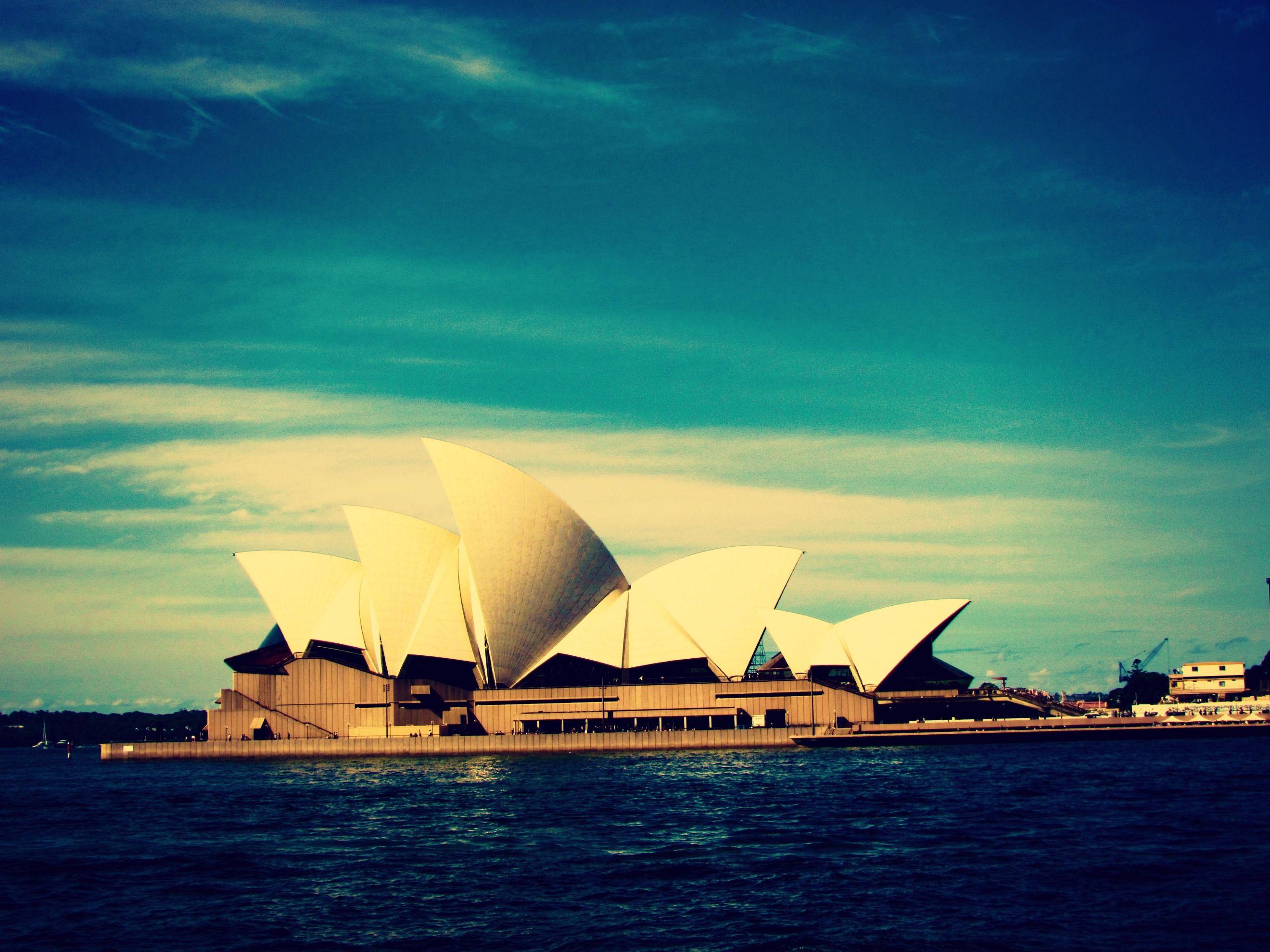 ¡Oportunidad imperdible! Gobierno de Australia ofrece becas para Pregrado, Maestría, Doctorado, Investigación y Programas Vocacionales en Diversos Temas. Entérate cómo acceder a esta beca ingresando a: http://www.becasparacolombianos.com/australia2017 ¿Te parece útil esta información? ¡Compártela! Siempre que puedas, ayuda a los demás.