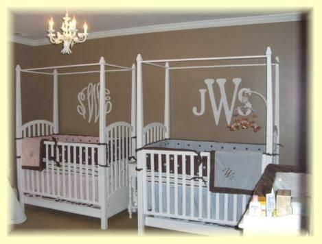 Great way to have a bigender twin nursery still look personalized