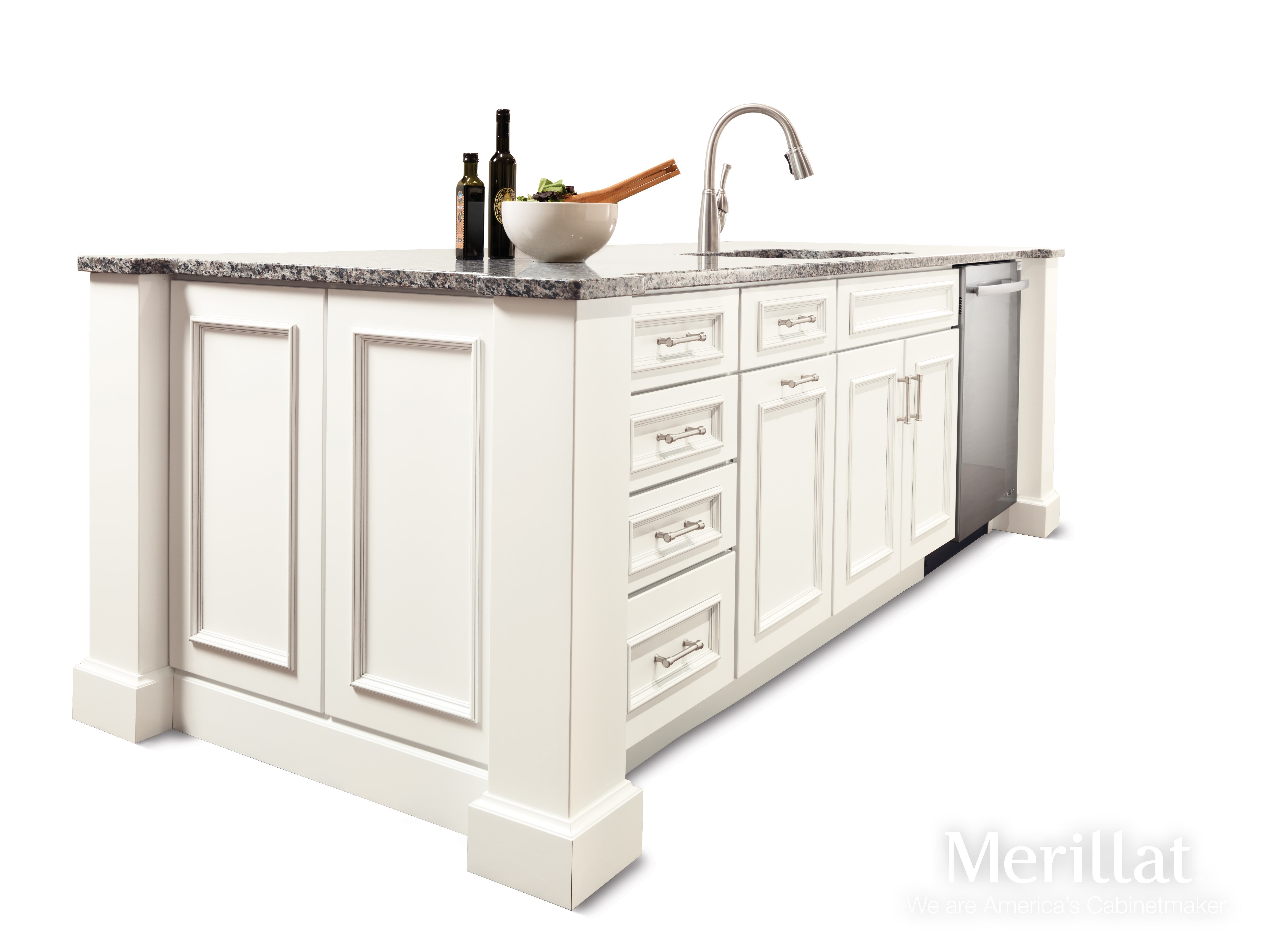 Merillat Classic Cannonsburg Maple Cotton with Tuscan Glaze