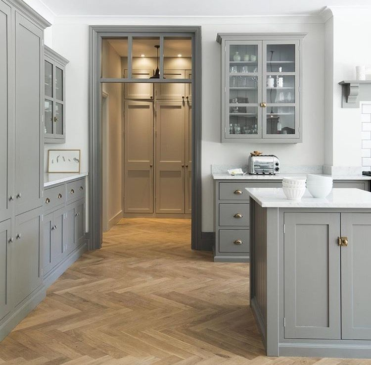 Best Similar Color Is Manor House Gray By Farrow And Ball 400 x 300