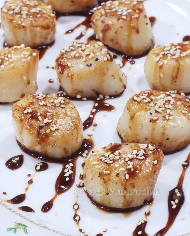 Honey Ginger Teriyaki Scallops Shellfish Recipes Scallop Recipes Asian Scallop Recipe