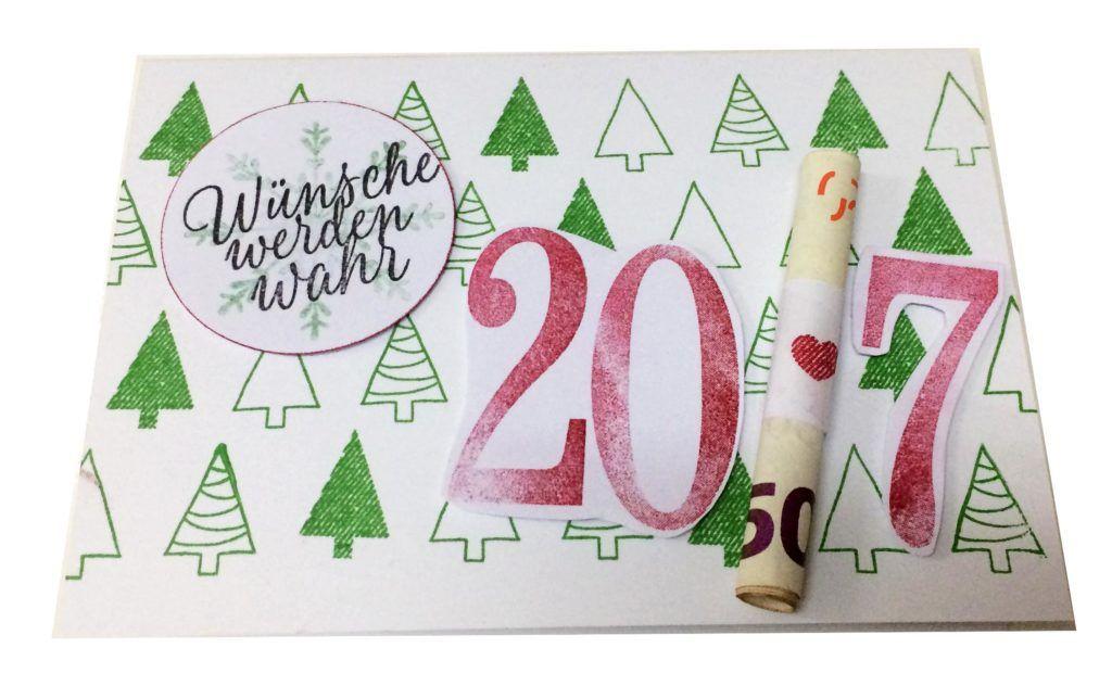 Geldgeschenkkarte Stampin Up Tannenbaum  Benutze Farben:  138324 SK Gartengrün, 126949 SK Chili, 138326 SK Minzmakrone, 140931 SK Schwarz, 126979 SK  Schokobraun, 126944 SK Osterglocke, 138325 SK Taupe, 126950 SK Himbeerrot    Benutze Stempelnsets: 143148 Gestickte Weihnachtsgrüße, 143162 Drauf und dran, 143020 Ausgestochen weihnachtlich, 141093 So viele Jahre
