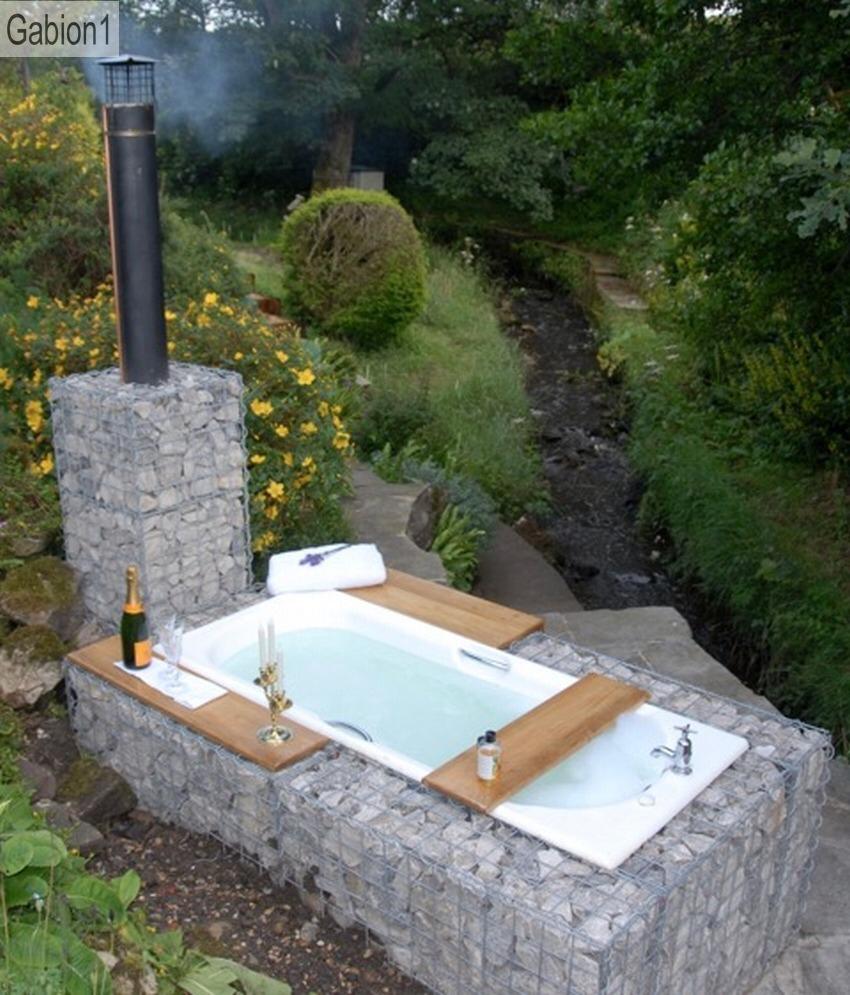 Gabion Outdoor Bath Badewanne Garten Aussenbad Gabionen